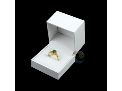 Wholesale White Luxury Custom Logo Cardboard Small Jewellery Engagement Wedding Ring Box
